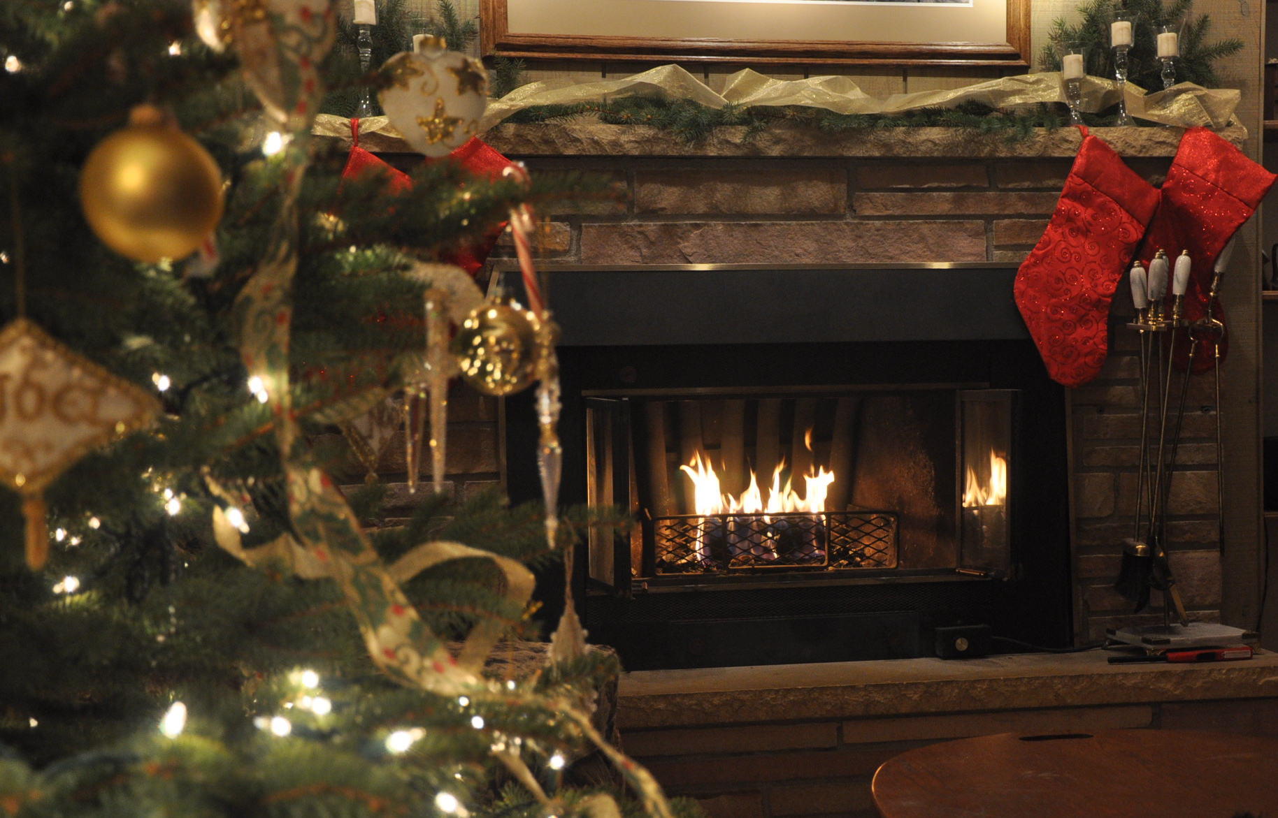 December Adding Value And Leadership To Those Around Me - Christmas cabin fireplace scenes